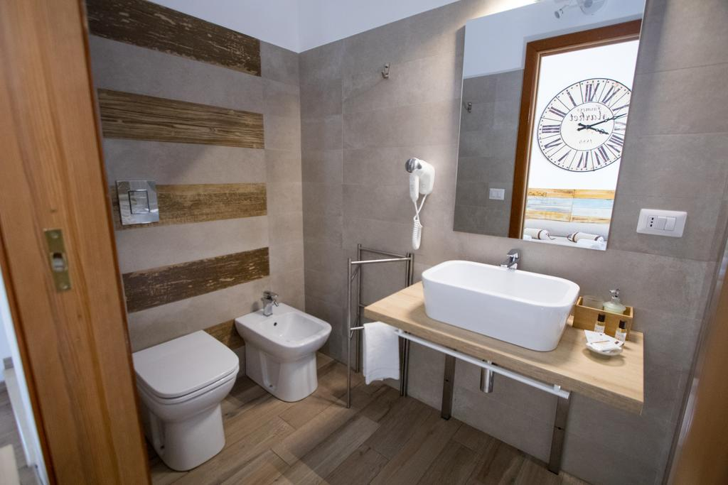 bathroom-tripla-superior-avola-pantanello-rooms